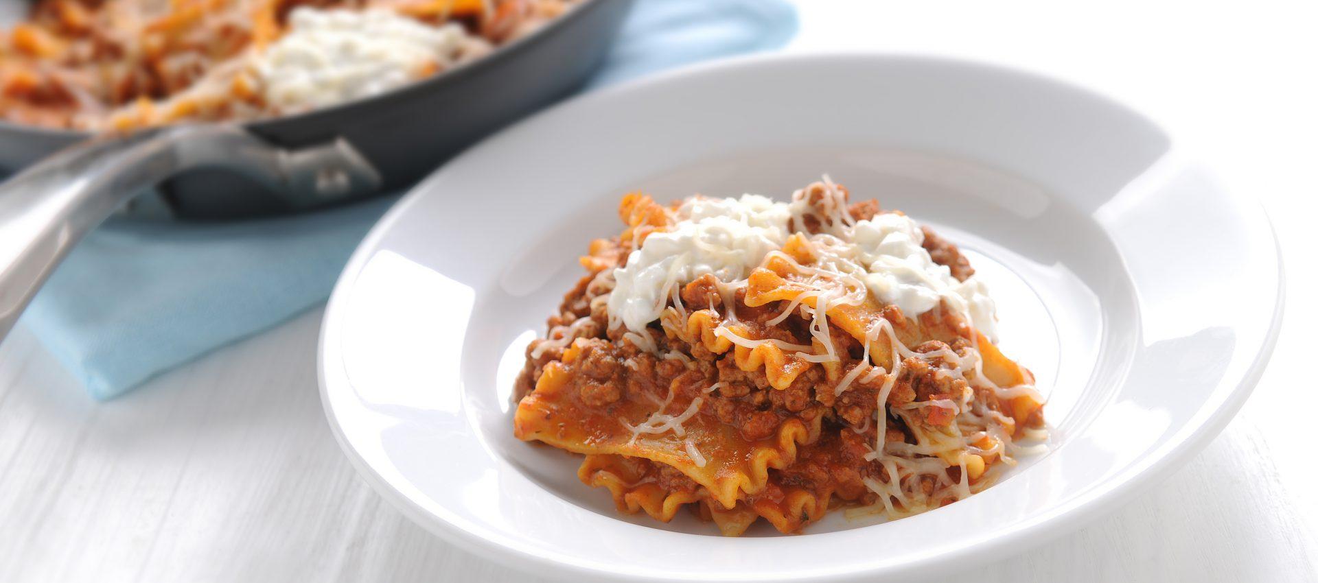 Lasagna_Skillet_1_HR-1920x850 Italian Skillet Lasagna